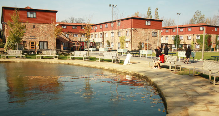 Queen Ethelburga's College 4