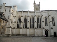 winchester-winchester-college-monuments